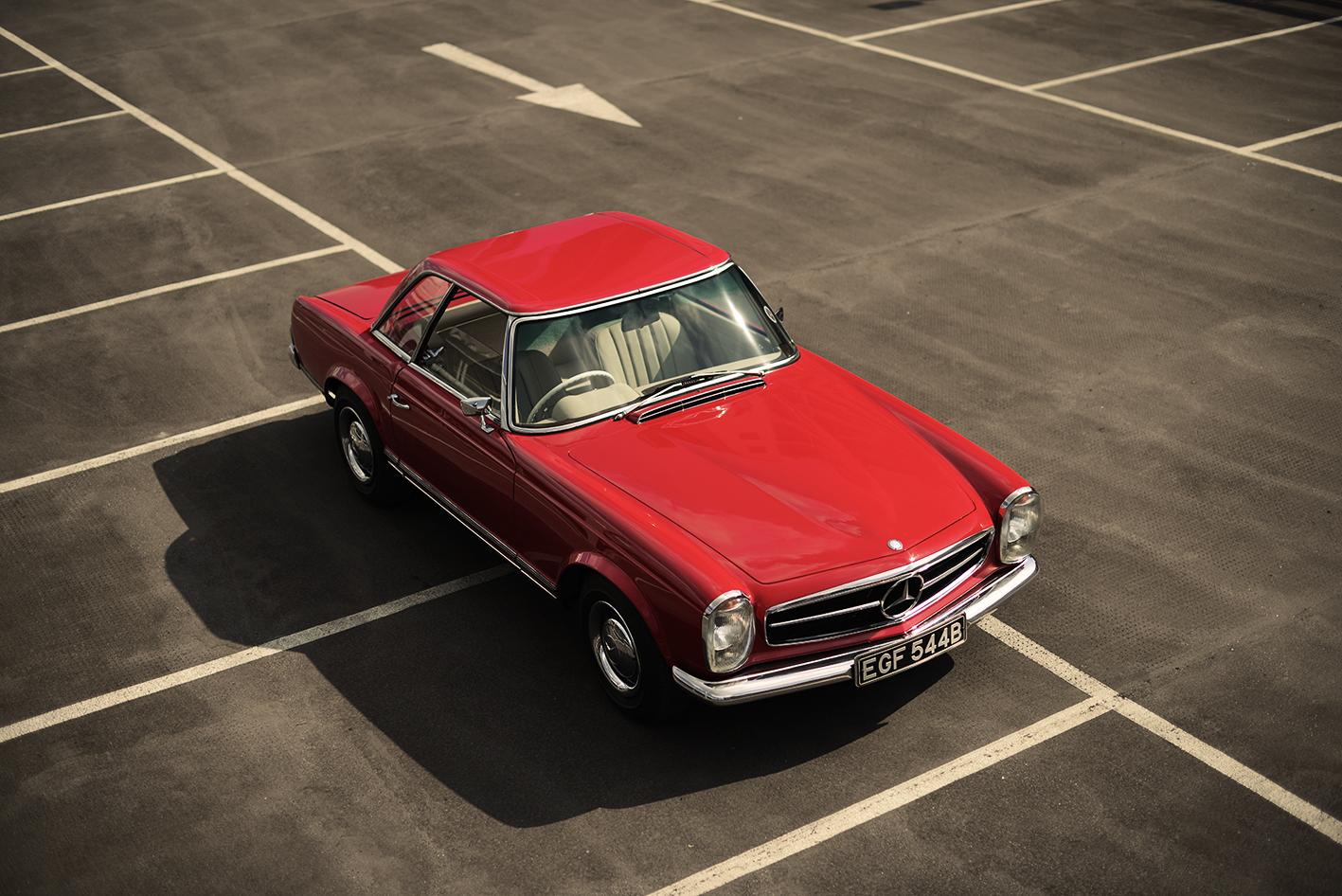 Mercedes-Benz 230sl-w113-pagoda-1963